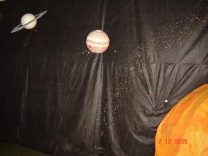 Imagem da Exposição sobre Astronomia representação do Sol e Planetas - Planetário