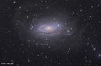 """Possuem estrutura espiral ou """"braços espirais"""". <br /><br />  Palavras-chave: Astronomia, movimento, gravitação universal, galáxia."""