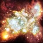 A evolução estelar começa com uma nuvem molecular gigante (NMG), também conhecida como um berçário estelar. <br /><br /> Palavras-chave: Estrelas, nuvem molecular, galáxia, anos-luz, partículas, espaço, formação estelar, colapso gravitacional, gravitação universal, supernova, energia potencial.