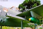 É um meio de transporte no qual são aplicados conceitos da física, como resistência do ar e princípio de Bernoulli, para que o equipamento possa voar. <br /><br /> Palavras-chave: Princípio de Bernoulli, pressão do ar, velocidade do som, resistência do ar, gases, aerodinâmica,   propriedades da matéria, Multimeios/SEED.